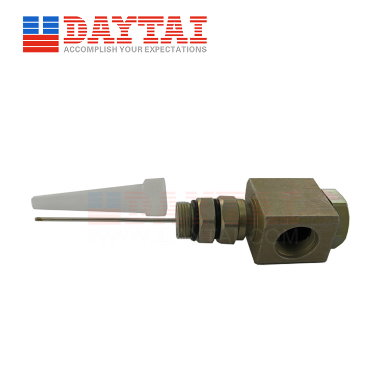 5/8 Female to 5/8 Male Connector 90 Degree